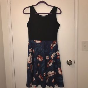Ineffable dress with pockets